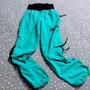 Zumba Fitness Teal Cargo Pants NWOT Small